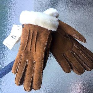 UGG Australia Sheepskin Shearling Women's gloves S